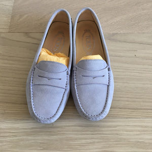 Tod's Gommino Driving Shoes in Lavender Suede